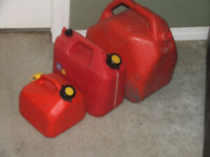 JERRY CANS/GAS CANS