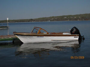 Classic Boat Beautiful Condition
