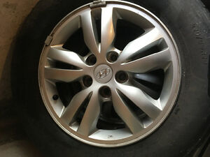 4 rims and tires used on 2009 Hyundai Tucson
