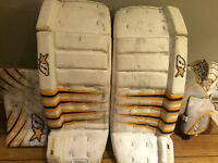 """Brian's goalie pads, blocker and trapper H series, 30"""" + 1"""""""