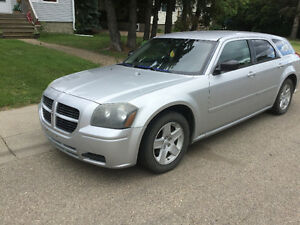 2005 Dodge Magnum Svt Wagon 218000kms 3.5 for Trade Trade