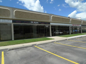 2,800-9,600 Sq Ft Retail / Warehouse Space For Lease - 32 Ave NE