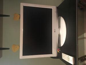 TV blanche LG 19'´....