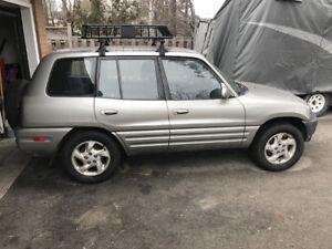 2000 Toyota RAV4 SUV 4x4 Crossover low mileage great condition