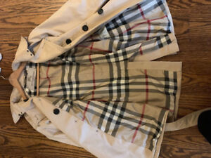 Ladies Burberry trench coat for $260