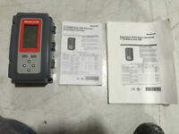 Honeywell stand alone Temp controller T775 A/B/M Series 2000