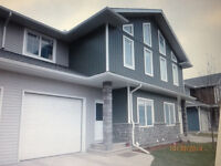 FULLY FURNISHED EVERGREEN TOWNHOUSE AVAILABLE OCT 27-NOV 27