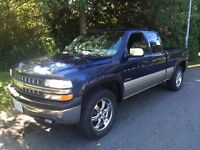 2000 Chevy 1500 LTE, Auto 4X4, X-Cab, short box, very clean!