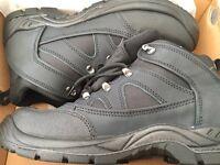 Bnib steel toe cap boots