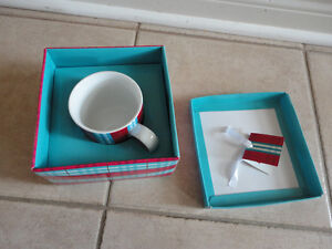Second cup red/blue plaid coffee mug and saucer plate set New London Ontario image 7