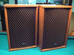 Sansui SP-1200 Speakers