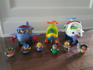Fisher Price Little People - 2 planes, helicopter & people
