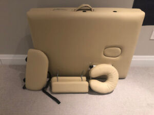 BRAND NEW PORTABLE MASSAGE TABLE WITH BONUS COVERS