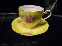 ROYAL GRAFTON TEA CUP AND SAUCER(BOX40)