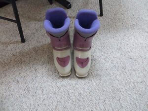 pair of Nordica ladies boots 24 (fits 71/2 shoe size)