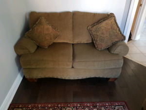 Brown Couch Set