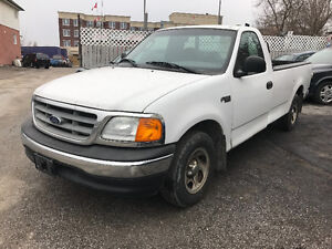 Ford F150 XLT LOW 84000 certified
