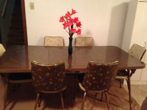 Unique Retro Dining Table with 6 chairs-price reduced