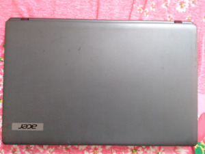 "Acer 5749 ZRL 15.6 "" Laptop"