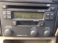 Volvo HU655 radio with code