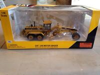 CAT 1:50 scale 24H motor grader NEW in box