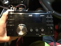 JVC KW XR811 double din stereo with front USB and aux port also has BLUETOOTH