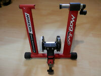 Indoor Bike Trainer Minoura Mag 500