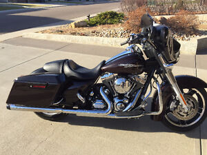 Low Km 2011 Harley Street Glide In Excellent Condition