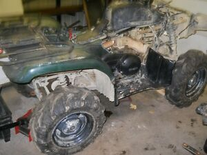 Yamaha Grizzly 660.......... Parts, Parting Out Only