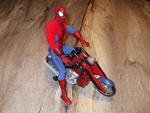 Spiderman et moto  450-994-2242