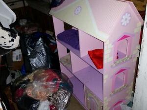 Toys, furniture and clothing from 0 to teens