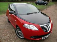 2013 CHRYSLER YPSILON BLACK AND RED TWINAIR * BLUE & GO * HATCHBACK PETROL