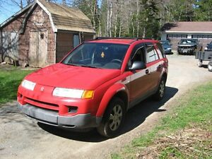 Parting out 2005 Saturn Vue