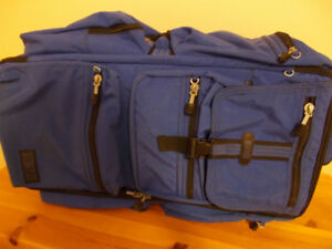 SUITCASE BLUE - HEDGREN  28""