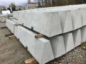 BRAND NEW JERSEY BARRIERS DELIVERY+SITE PLACEMENT