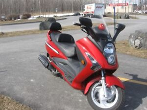 Scooter 2009 SYM RV 250 SERIOUS OFFERS WELCOMED