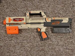 Nerf Deploy CS-6 (White)