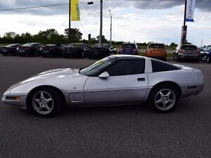 1996 Chevrolet Corvette Base  6 Speed, Glass Top, Well Maintaine