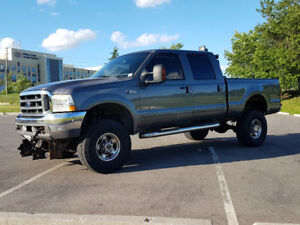 2004 Ford F350 Diesel $11000 / Plow 8-10 /6 inch lift New Paint