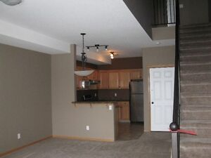 Maintenance Free 2 Bedroom Condo! 13-89 Sunrise Way SW!