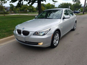2010 BMW 5-Series 528i xDrive Sedan supper clean low km