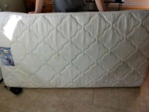 Twin mattress with twin bed frame