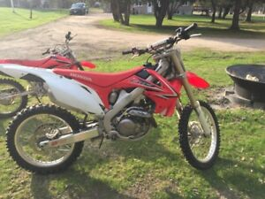 2009 HONDA CRF450 - MINT CONDITION!!