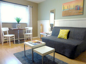 COUNTRY TIMBERS 2BR SUITE Vacation Rental VANCOUVER Sleeps 5