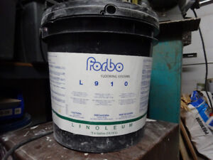 FORBO COLLE LINOLEUM 2 X 4 GALLONS (US)