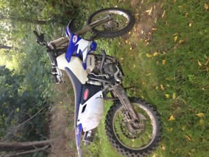 Yamaha yzf250 2005 REDUCED $2700 obo bike well taken care of...