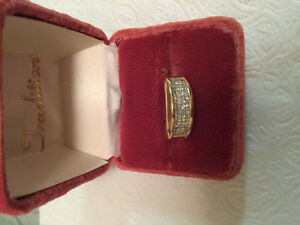 Men's 14k gold ring with 1.2 carrot diamonds