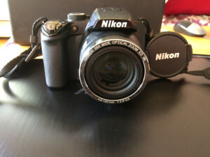 NIKON P100  10.3MP with carrying case