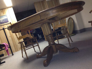 Solid oak table and chair Peterborough Peterborough Area image 5