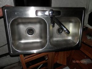 Stainless RV Sink w/ Moen Faucets & Drain Pipes